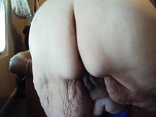 she love wigling her ass pt 2