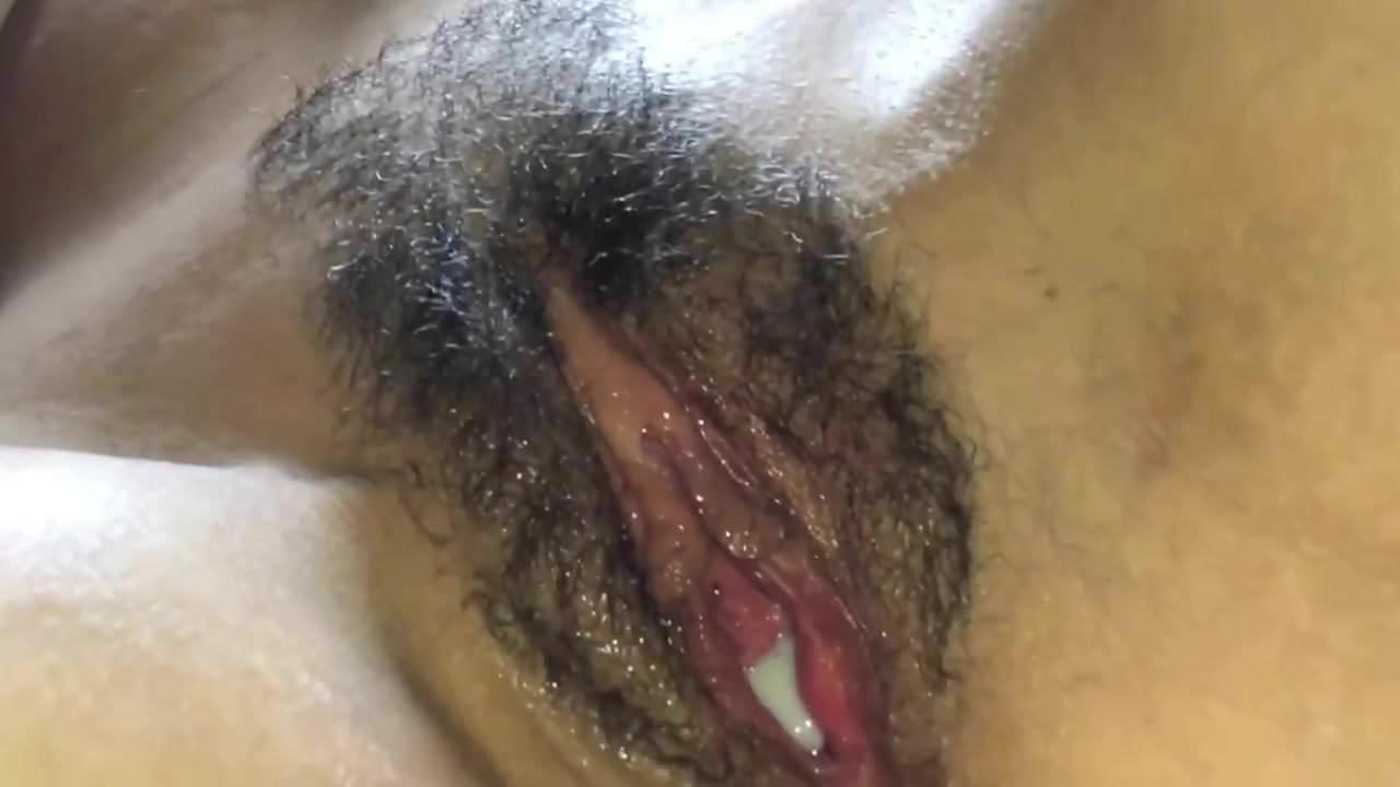 Amateur glory hole swallow porn