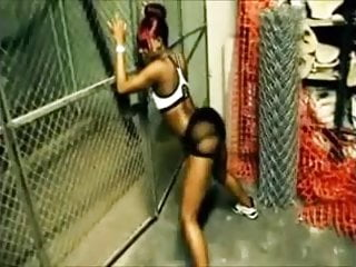 SEXY EBONY BOOTY DANCER(SNEAKYDEE)