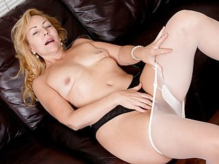 American milf Gemma needs orgasmic pleasure