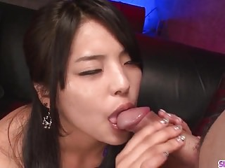 Eririka Katagiri impressive blowjob - More at Slurpjp.com