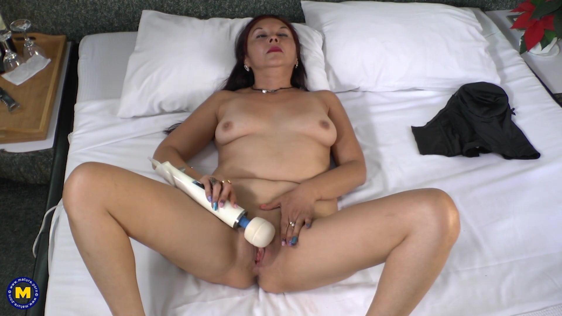 Mature brazilian mom tube