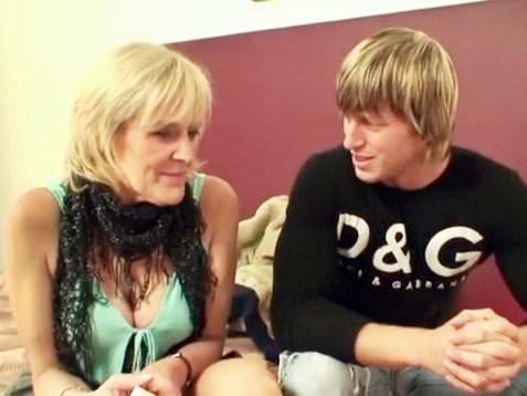 Granny Prefers Young Cock