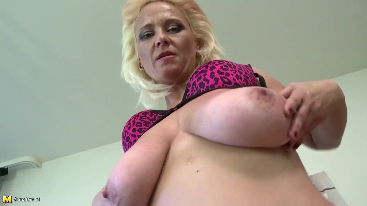 Slutty Mom With Big Saggy Tits And Very Hungry Pussy-9764
