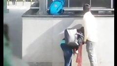 Suave Suruba - Boquete Na Saida Do Metro