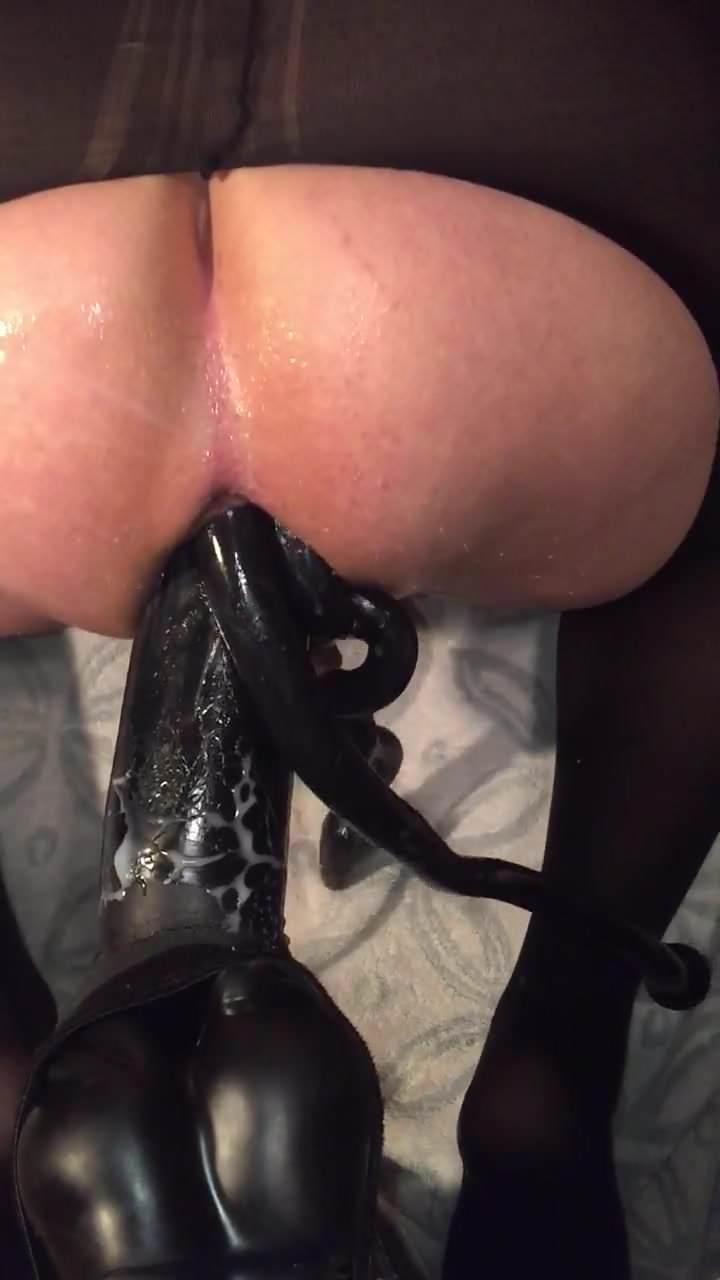Snake In Ass