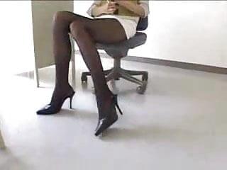 Sexy Japanese Teacher in Miniskirt Pantyhose
