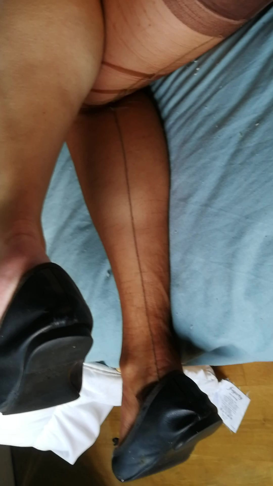 dildo and anal play in nylons