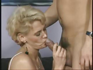 Download video bokep Naught German Mommy Classic Mp4 terbaru