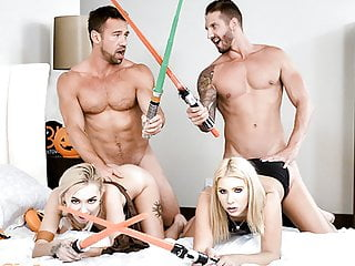 Daughterswap Hot Babes Stick Light Sabers In Each Others P