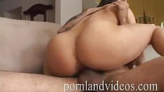 PORNLANDVIDEOS young Mia got cock in pussy and mouth