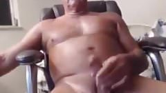 VERY SEXY OLDER MAN
