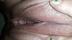Creamy pussy pissing