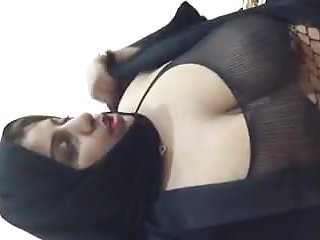 Arab slut showing on cam 3