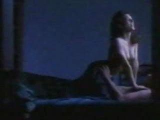 Amy Jo Johnson porno