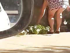 Mature Butt - Bend Over - Booty Voyeur