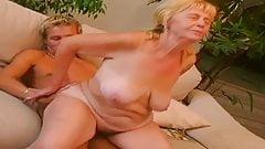 BIG TITS GRANNY SEX