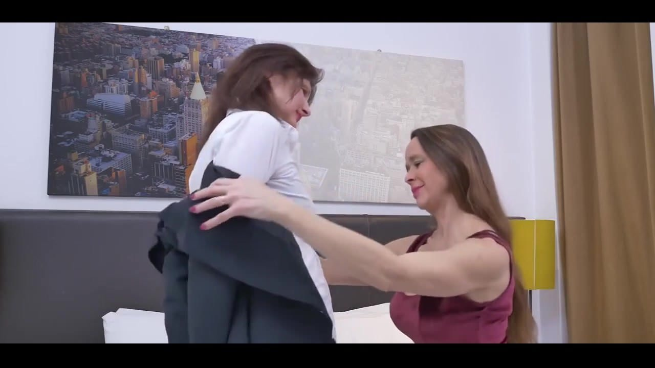 Two Mature Women Make Love, Free New Women Hd Porn 01-1215