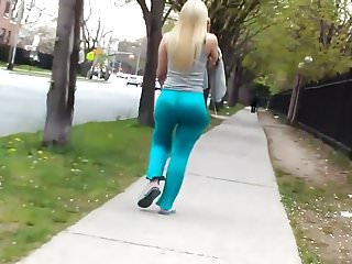 Candid skinny blonde PAWG with a super jiggly ass