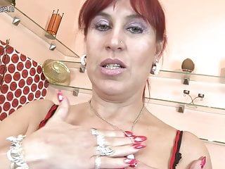 Busty Euro MOM hungry for a good fuck