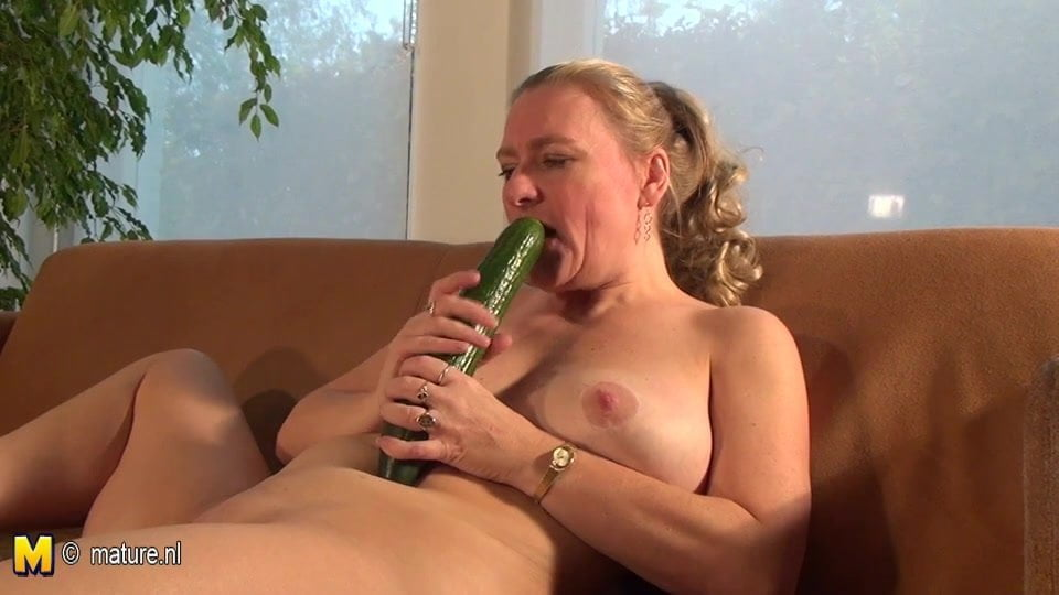 Cucumber' Search, page 3 - XVIDEOS. COM