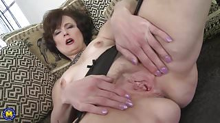 Classy mature lady with very hungry vagina