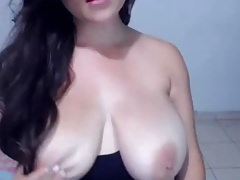 VANESA HUGE MASSIVE NATURAL WEBCAM BOOBS TITS