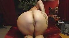 Big ass busty woman i like