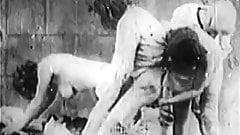 Antique Porn 1920s - Bastille Day - Hairy French Girls