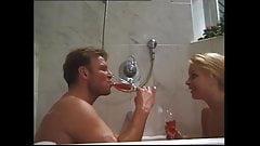 salope allemande mere et fille  baiser par le voisin part 2
