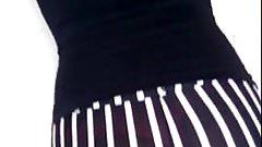 Marcando Tanga en calzas rayadas