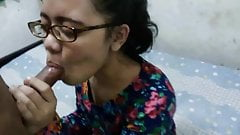 Indonesian nerdy girl blowjob and fuck