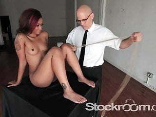 The Leg Tie with Victor Lightworshp and Skin Diamond