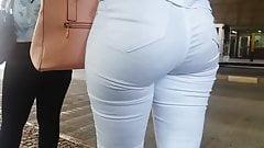 Gostosa de Branco