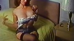 CHEEKY STRIPTEASE - vintage nylons stockings