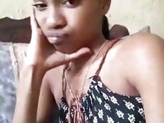 Black slut doing selfies 4.mp4