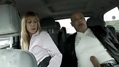 Kleiner Quickie im Auto