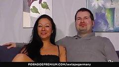 SEXTAPE GERMANY - Amateur chick gives intense blowjob