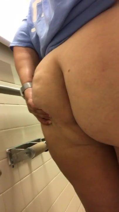 Ssbbw farts and piss