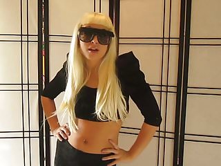 lady gaga lookalike joi