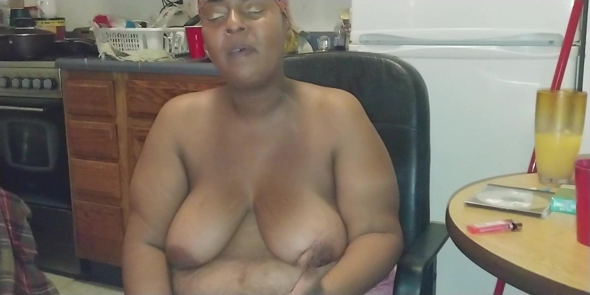 Free streaming midget porn