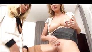 Lesbian Pissers 4