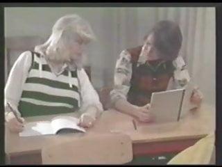Порно danish schoolgirls смотреть онлайн