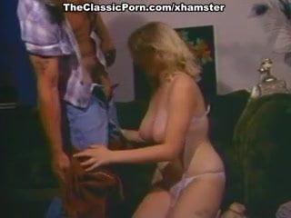 Connie Peterson, Rhonda Jo Petty, Susan Nero in classic fuck
