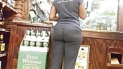 Milf Donk at the L-Sto