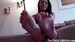 Suck on my perfect little pink toes