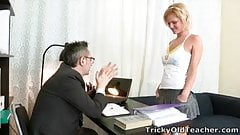 Lovely blonde babe Shelly is spending some quality tutorial