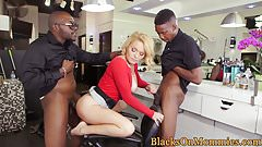 Interracial spitroasted milf analized in trio