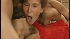 Hairy MILF anal
