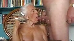 amateur grandmas sucking dick